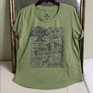 Disney parks animal kingdom graphic T-shirt XL